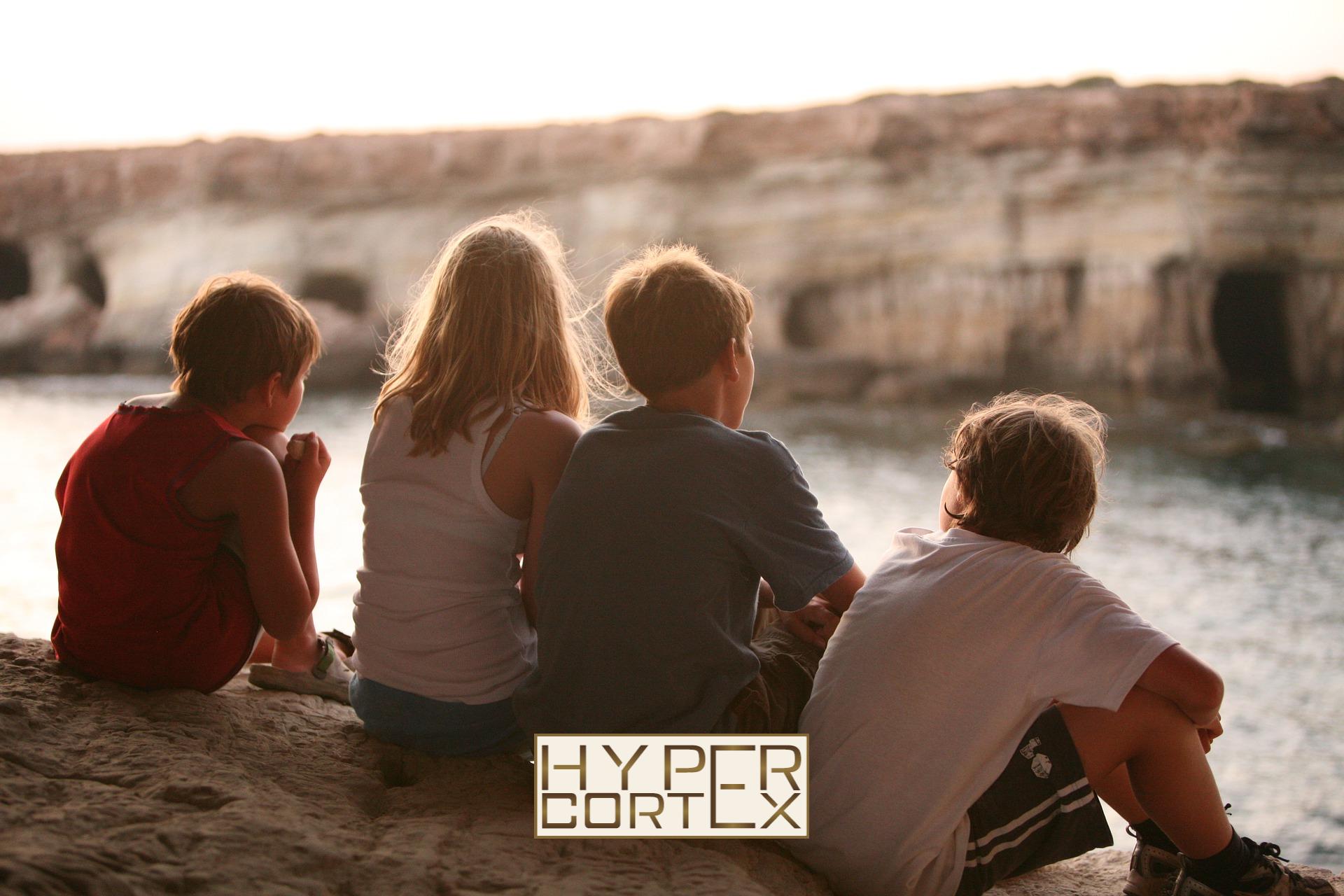 Kik számítanak bele a négy vagy több gyermeket nevelő anyák kedvezményéhez szükséges létszámba?