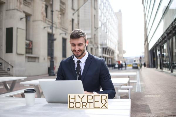 Külföldön tanuló társas vállalkozó